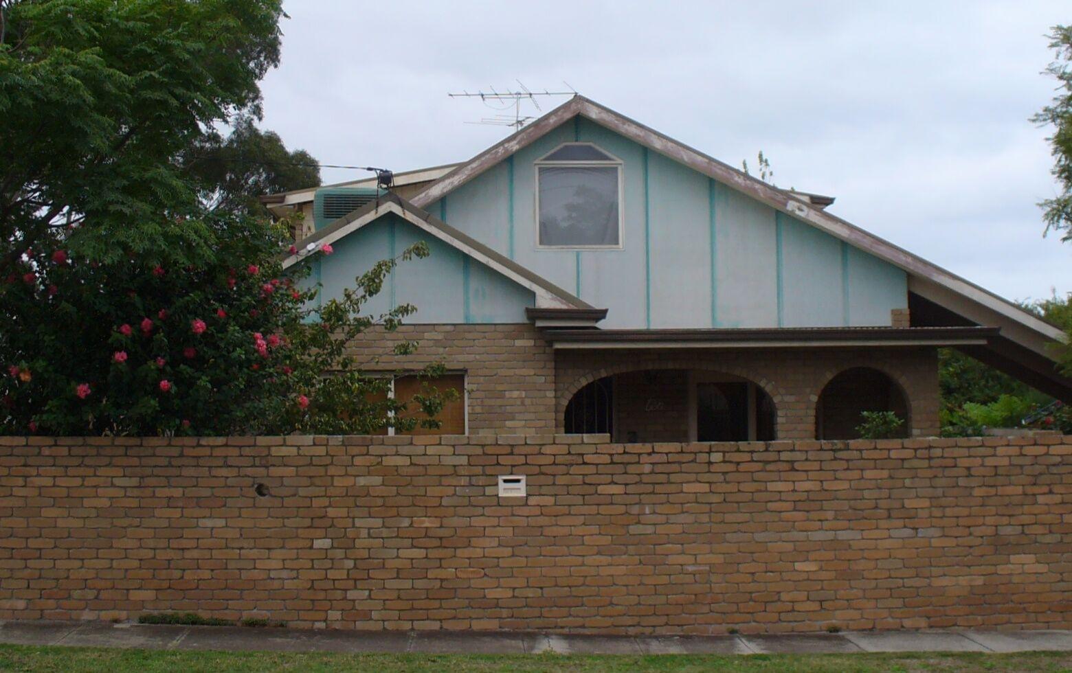 renovate houses